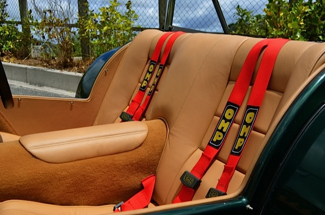 Lotus 7 seatbelts